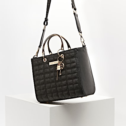 Black RI monogram boxy quilted tote bag