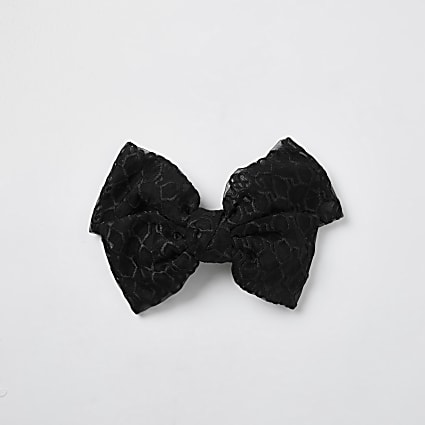 Black RI monogram mesh bow clip