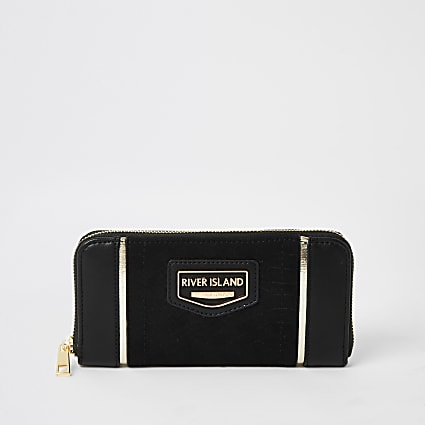 Black River Island zip around purse