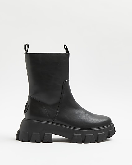 Black rubber chunky boots