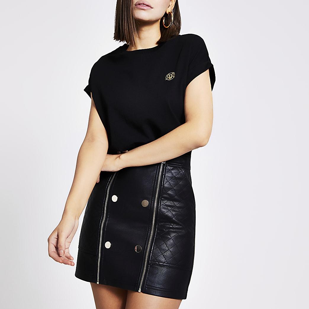 Black RVR short sleeve box fit T-shirt