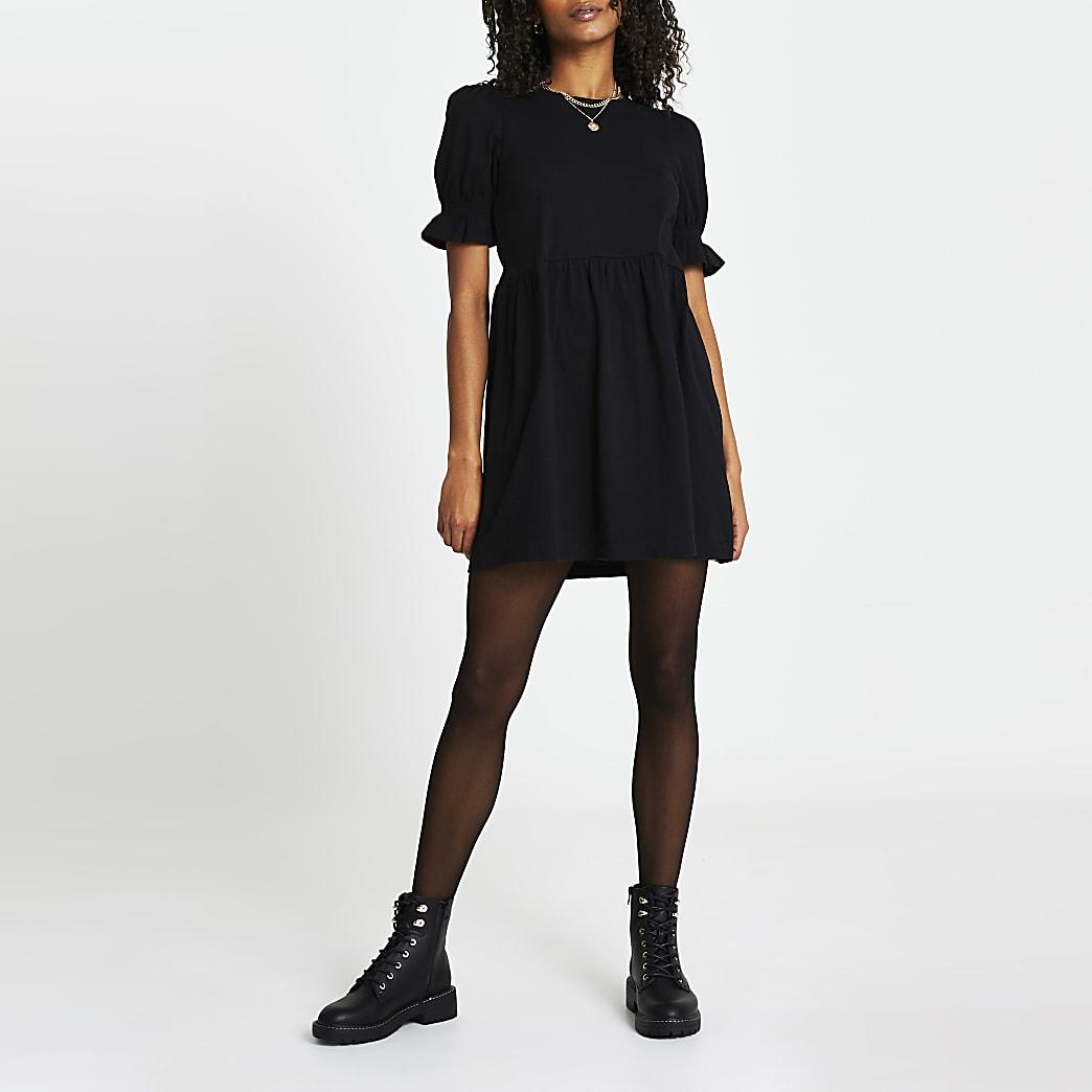 Black short puff sleeve tiered smock dress
