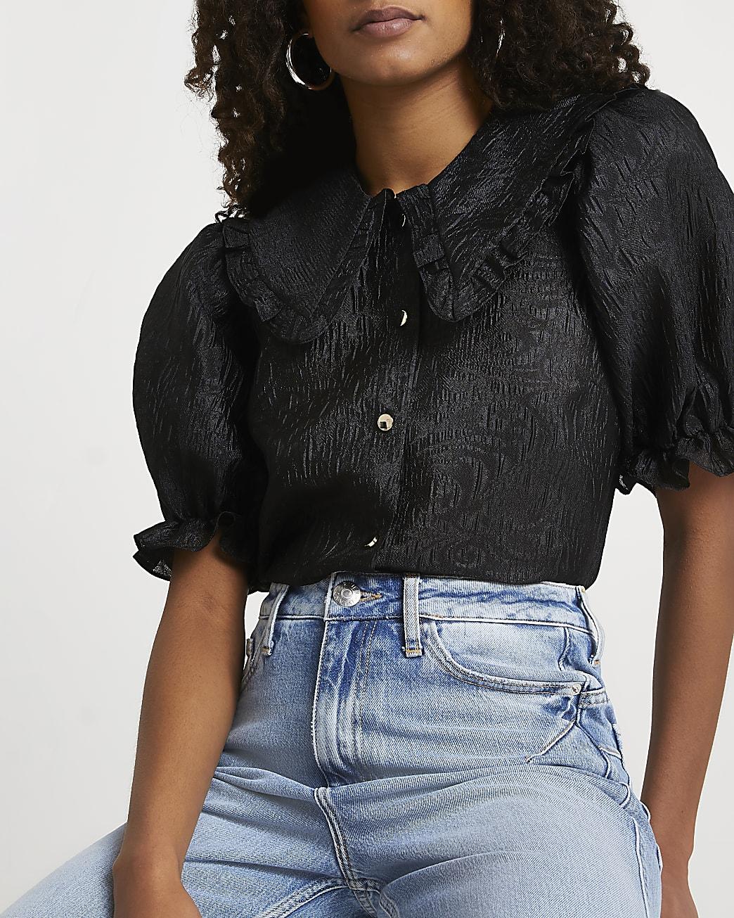 Black short sleeve collar top