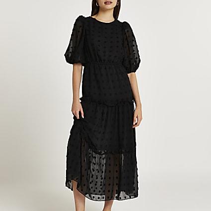 Black short sleeve dobby smock midi dress