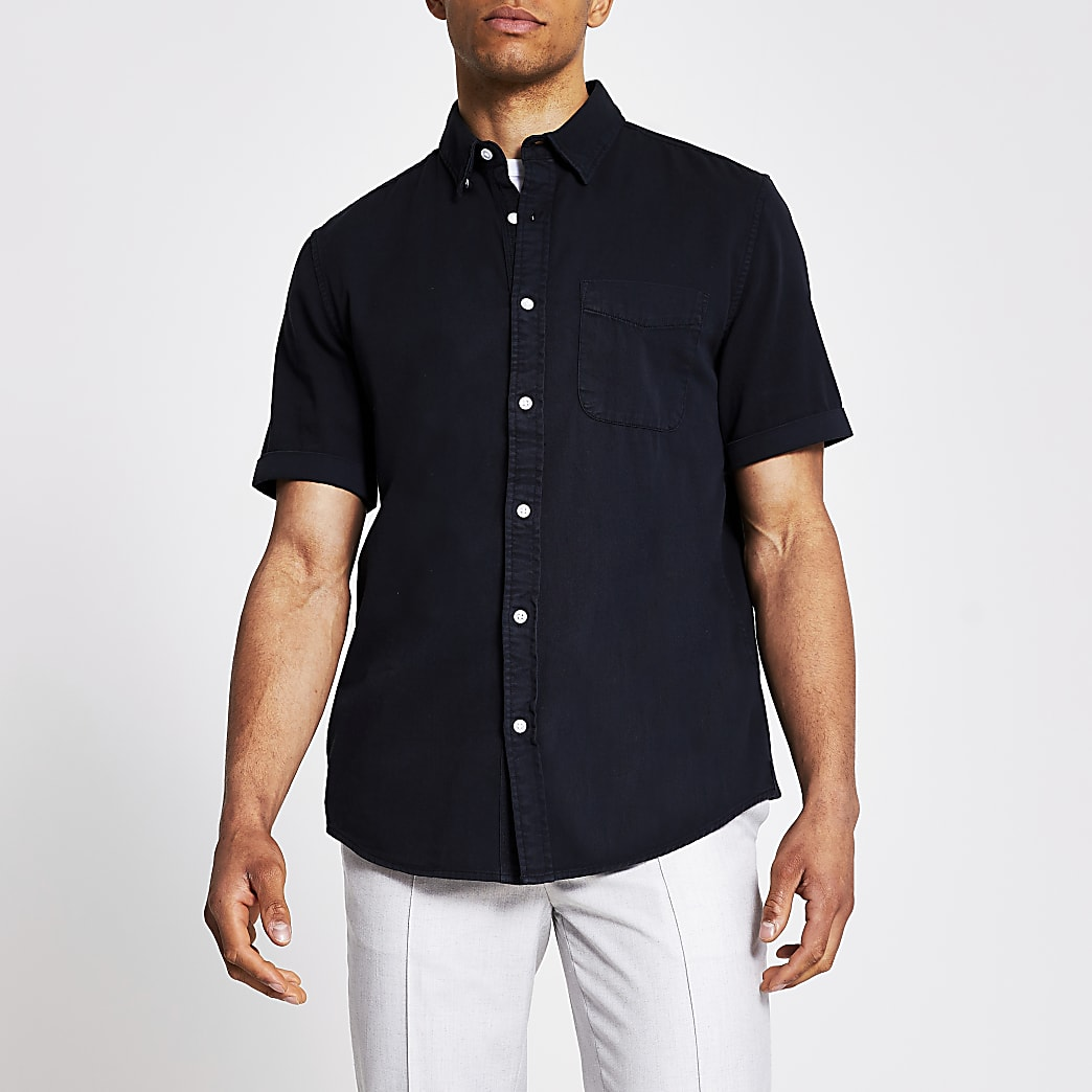 Black short sleeve regular fit twill shirt
