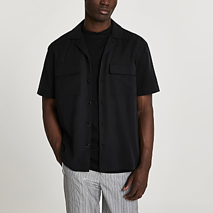 Black short sleeve revere shirt