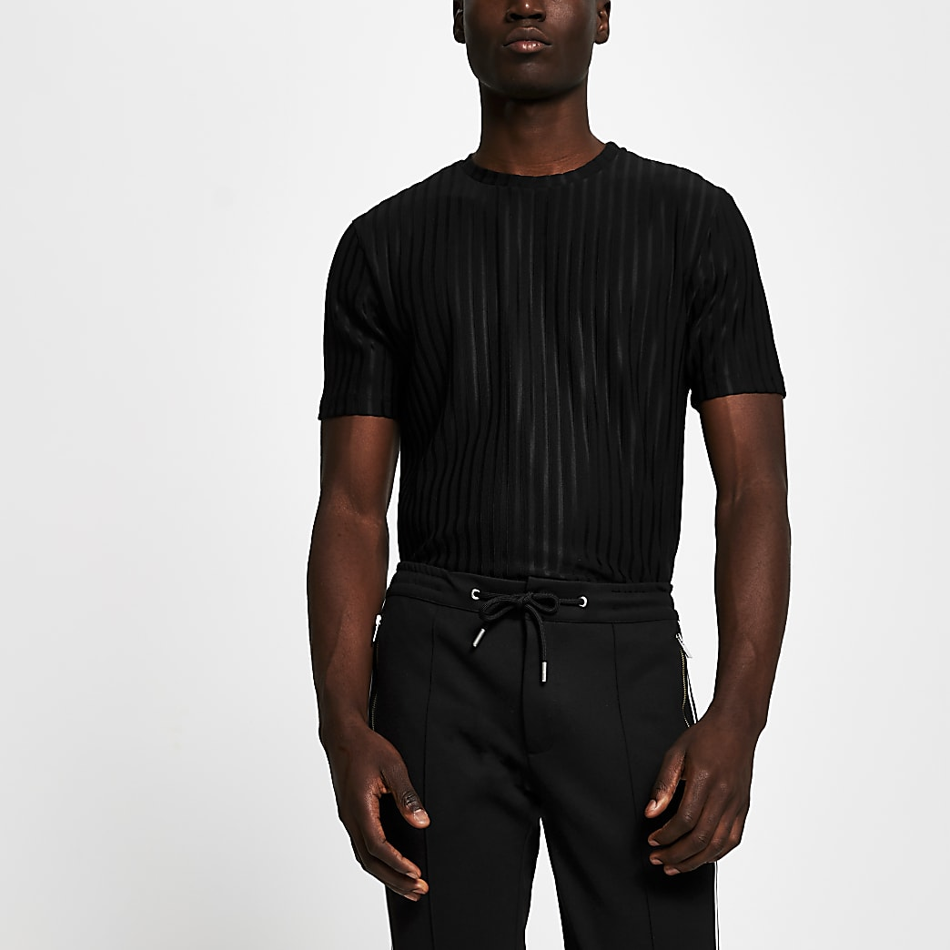 Black short sleeve slim ribbed t-shirt
