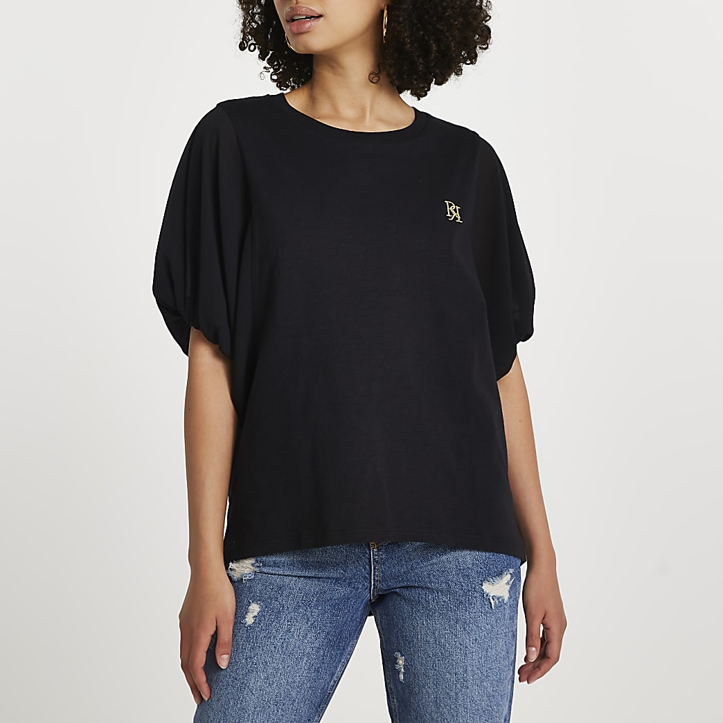 Black short sleeve woven batwing top