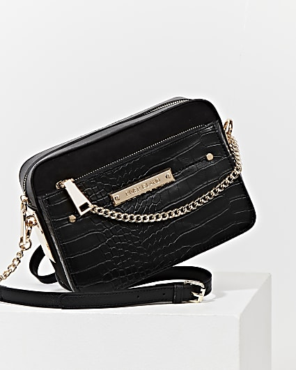Black side chain boxy crossbody bag