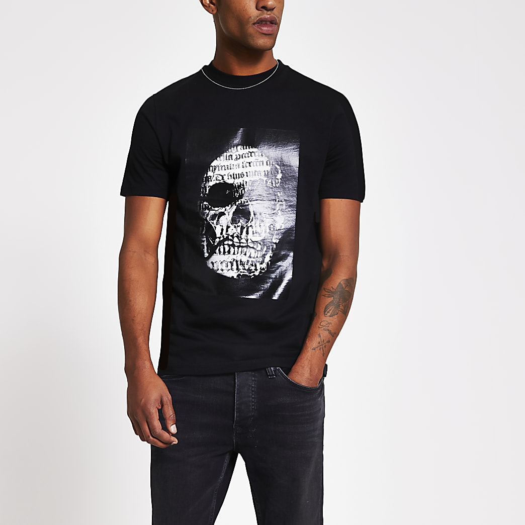 Black skull printed slim fit T-shirt