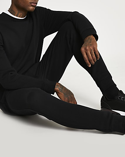 Black slim fit basic sweatshirt