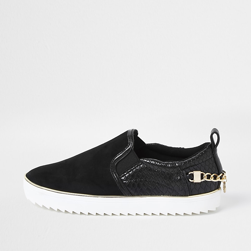 Black slip on chain trainer