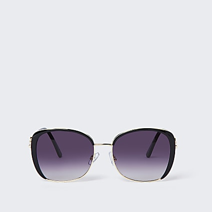 Black smoke lens glam sunglasses