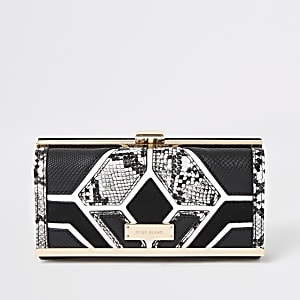 Black snake printed cutabout cliptop purse