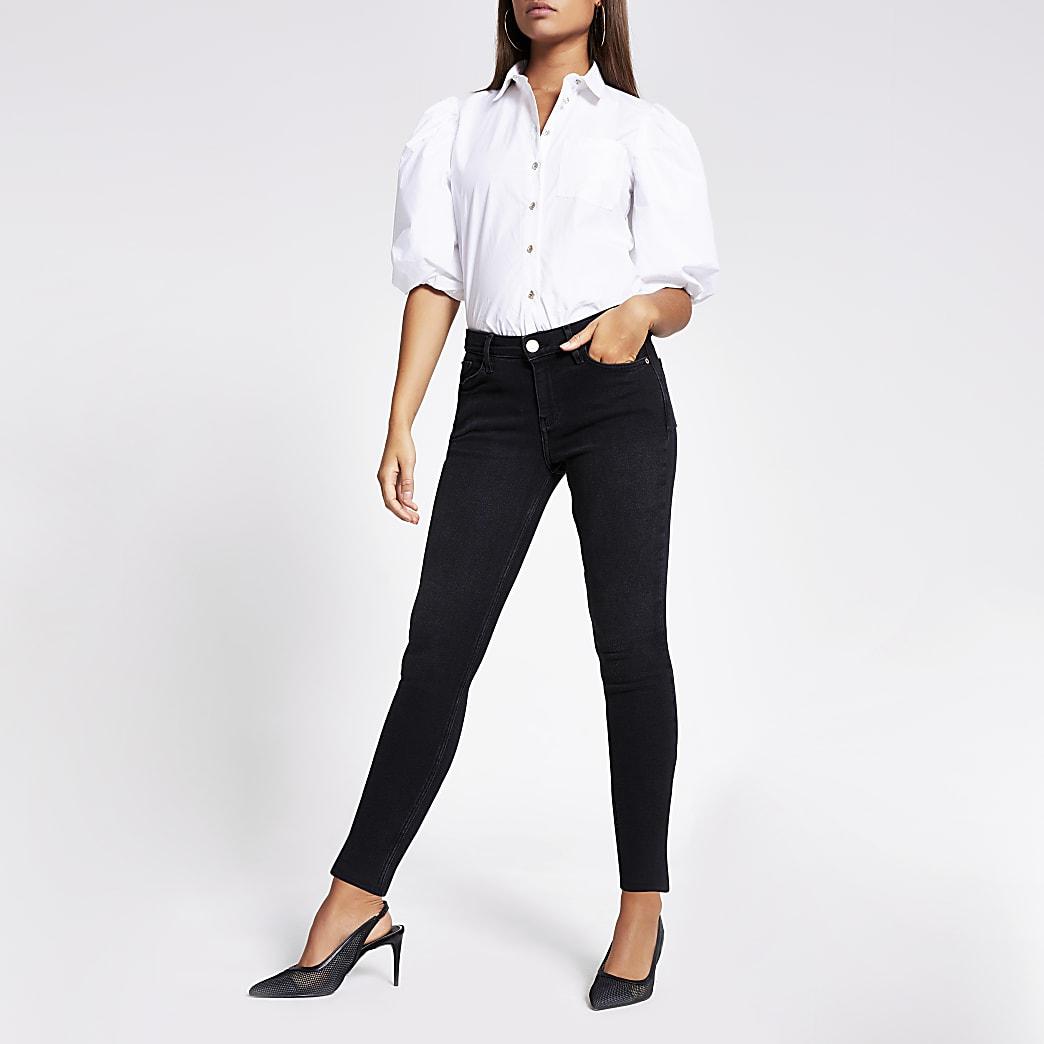 Amelie – Mittelhohe Skinny Jeans in Schwarz mit Schlitz