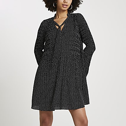 Black spot print pleated mini dress