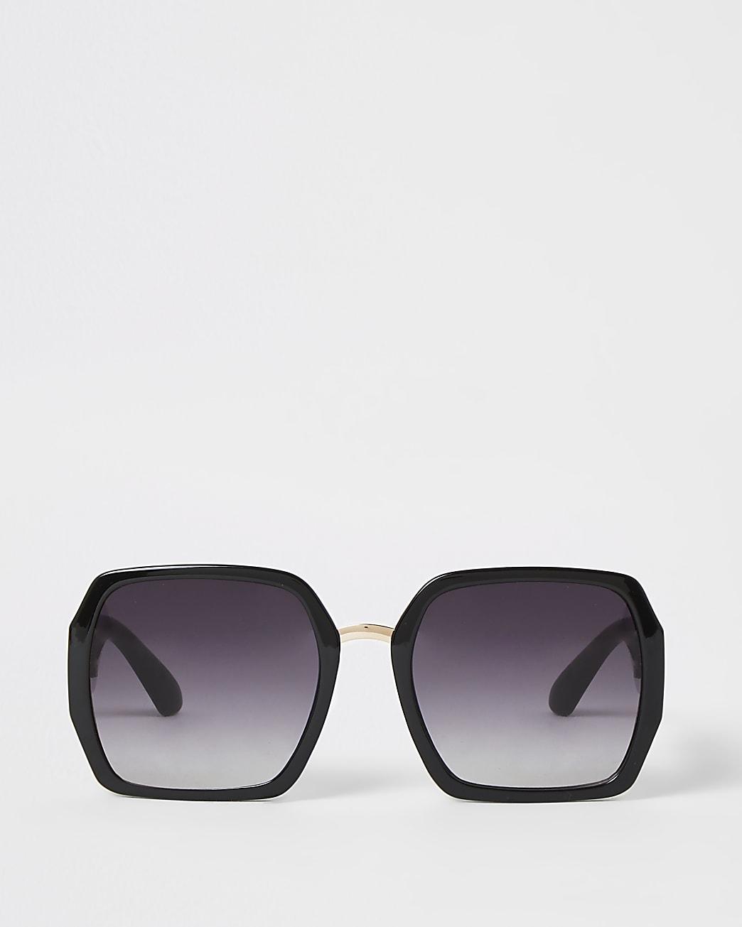 Black square shape glam sunglasses