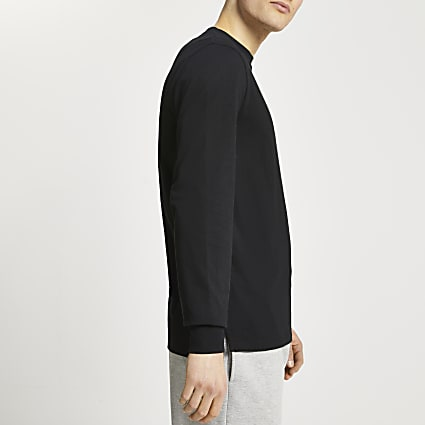 Black stepped hem cuff slim fit t-shirt
