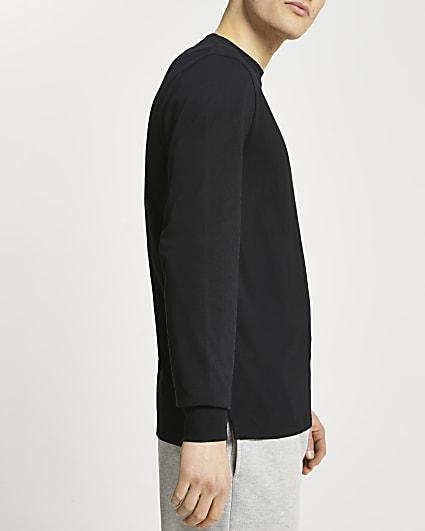 Black stepped hem cuff slim fit t-shirt