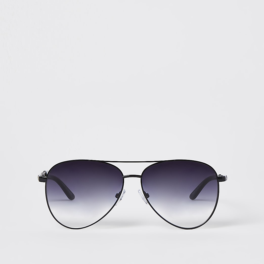 Black stud chain aviator sunglasses