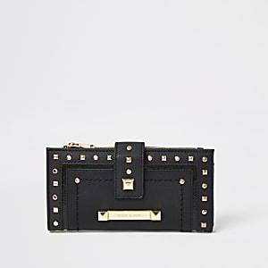 Zwarte portemonnee met studs en flapsluiting boven