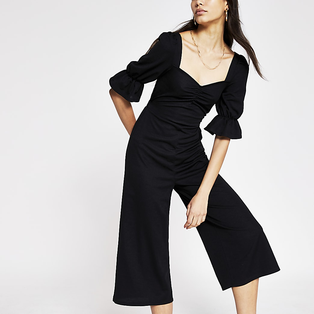 Black sweetheart neck jumpsuit