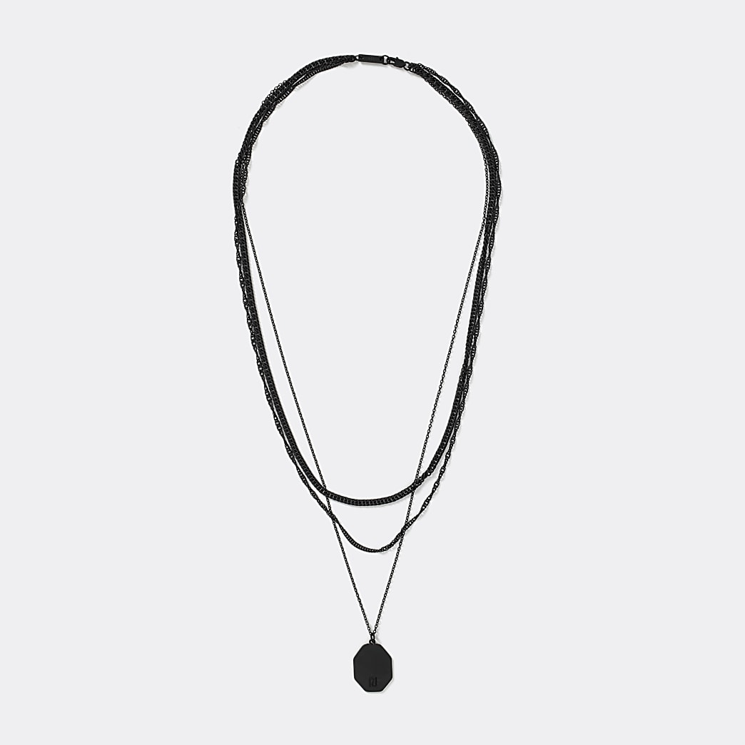 Black tag pendant layered chain necklace