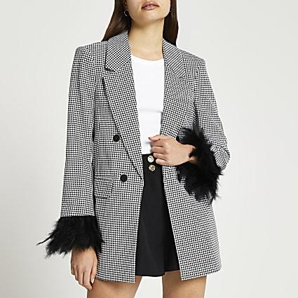 Black tailored feather cuff blazer