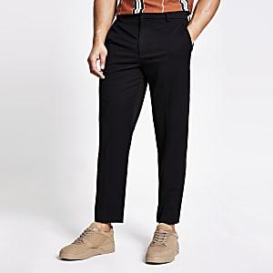 Schwarze Twill-Hose mit zulaufendem Bein