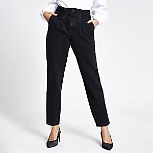 Zwarte smaltoelopende jeans met hoge taille