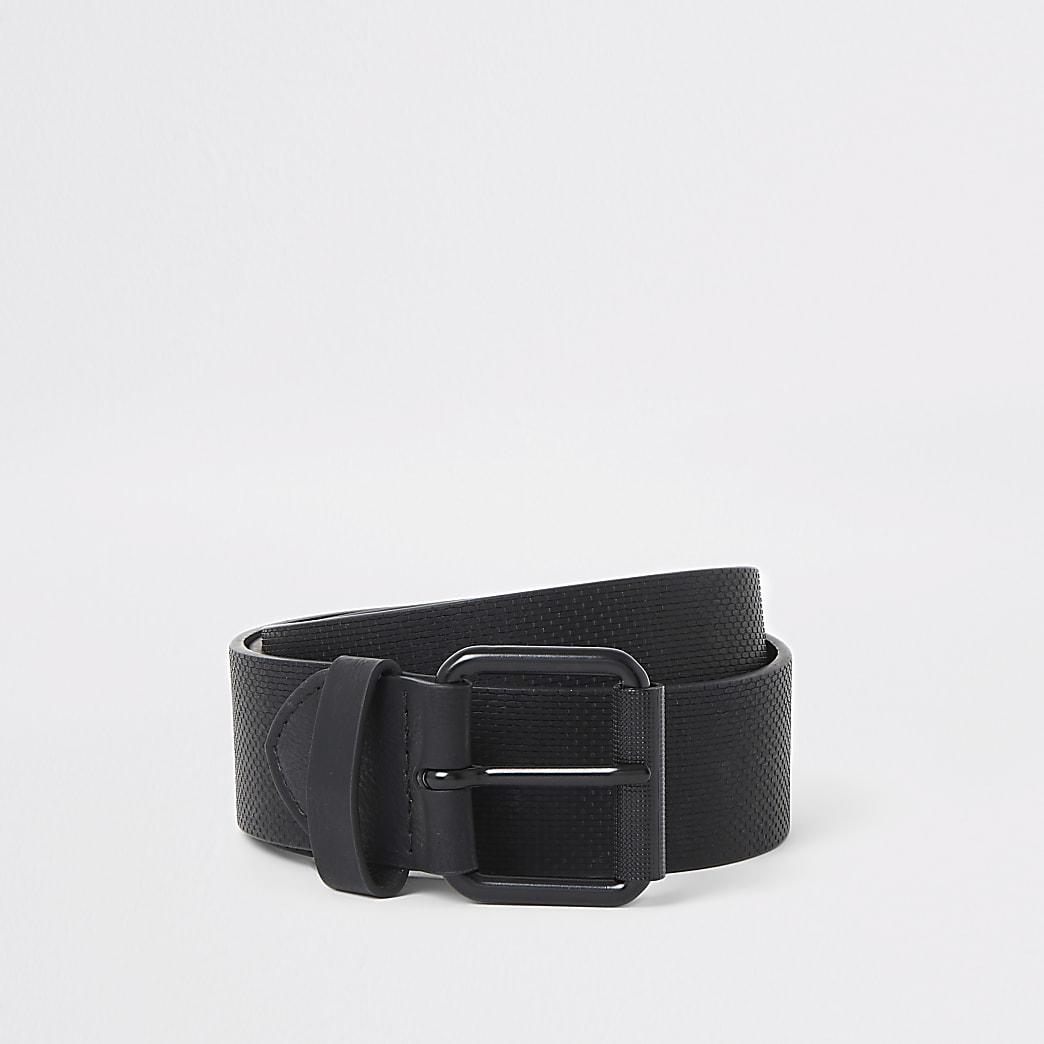 Zwarte riem met textuur en gesp
