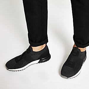 Zwarte gebreide sneakers met textuur