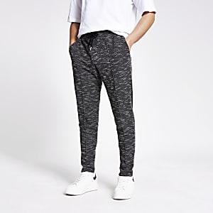 Zwarte slim-fit joggingbroek met textuur