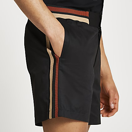 Black tipped detail shorts