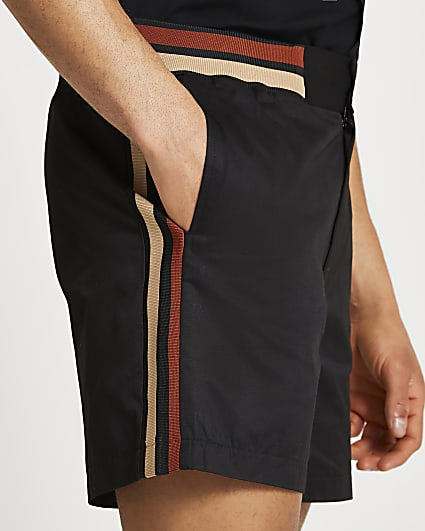 Black tipped detail shorts