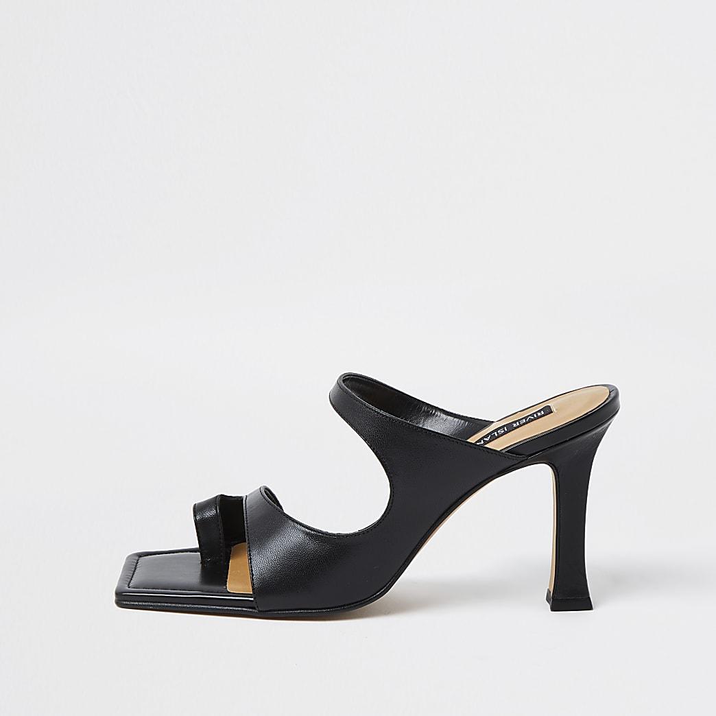Black toe loop mule sandal