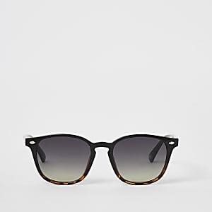 Zwarte retro zonnebril met schildpadprint en kleurverloop
