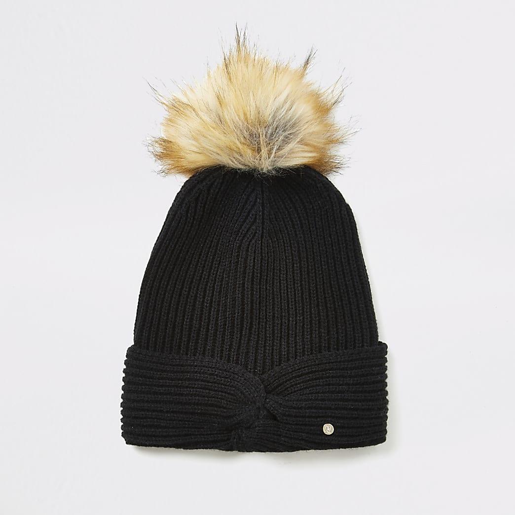 Schwarze Strick-Beanie-Mütze mit gezwirnter Vorderseite