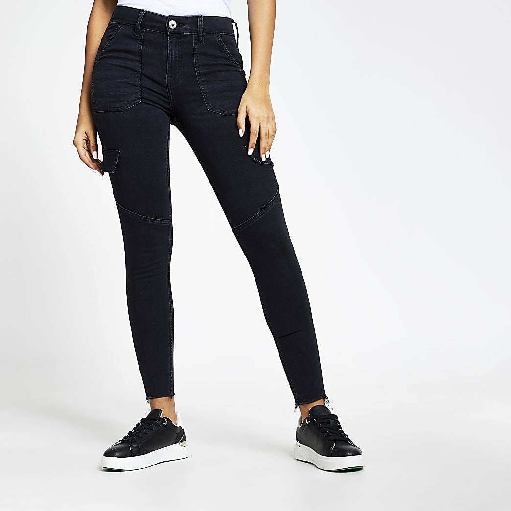 Amelie – Schwarze, mittelhohe Skinny Jeans im Utility-Stil