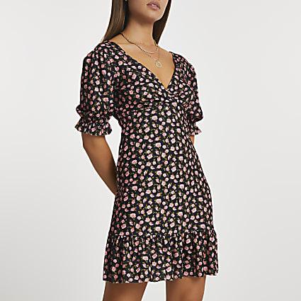 Black v neck puff sleeve floral mini dress