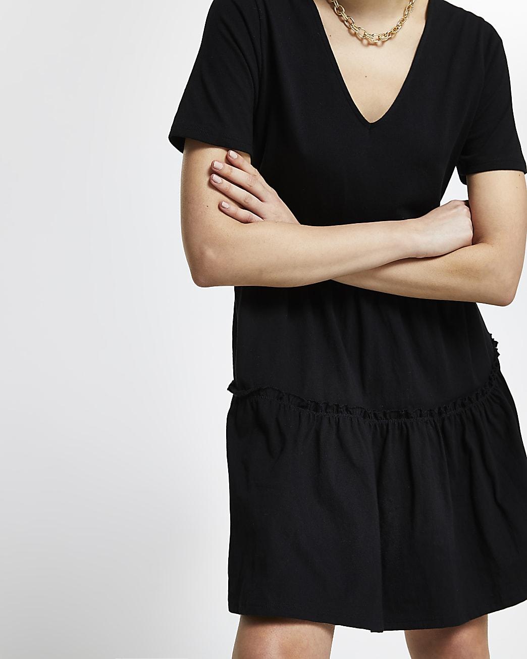Black v neck t-shirt tiered smock dress