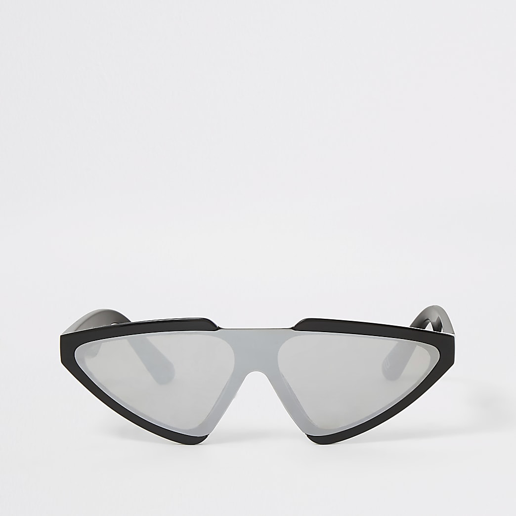 Black visor sunglasses