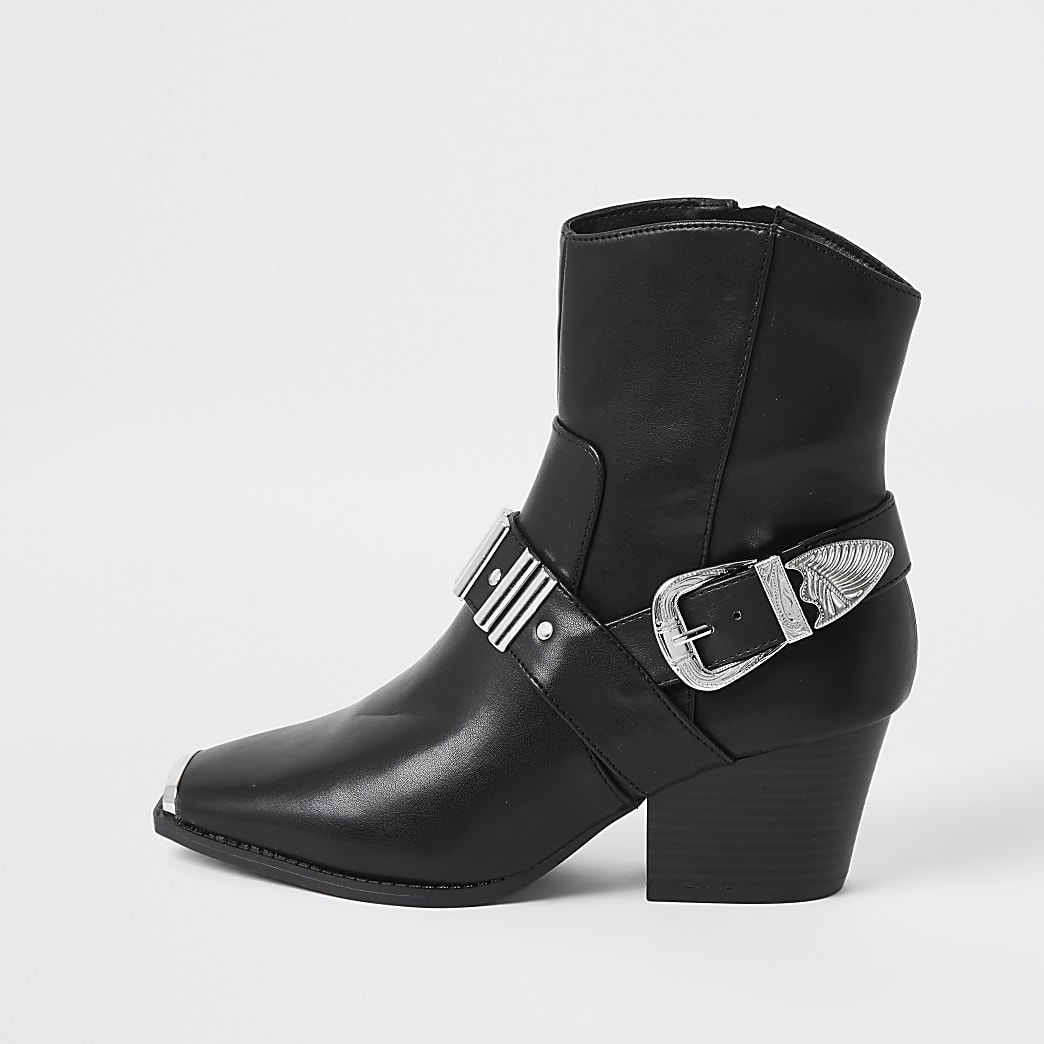 Black western buckle boots