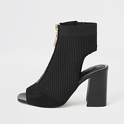 Black wide fit knitted zip front shoeboots