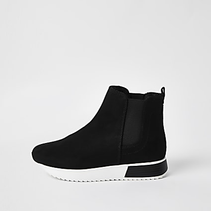 Black wide fit pull on trainers