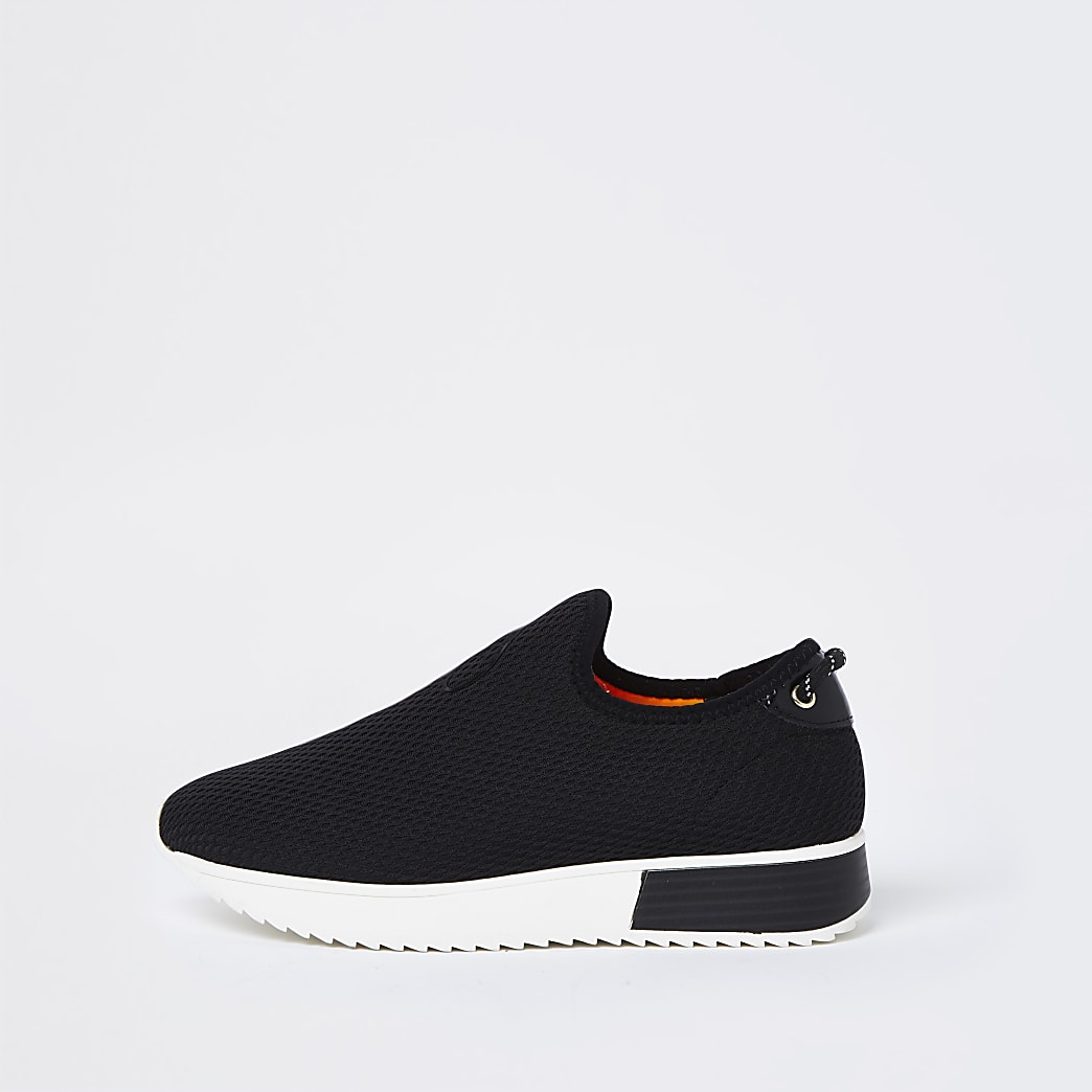 Black wide fit 'River' runner trainers