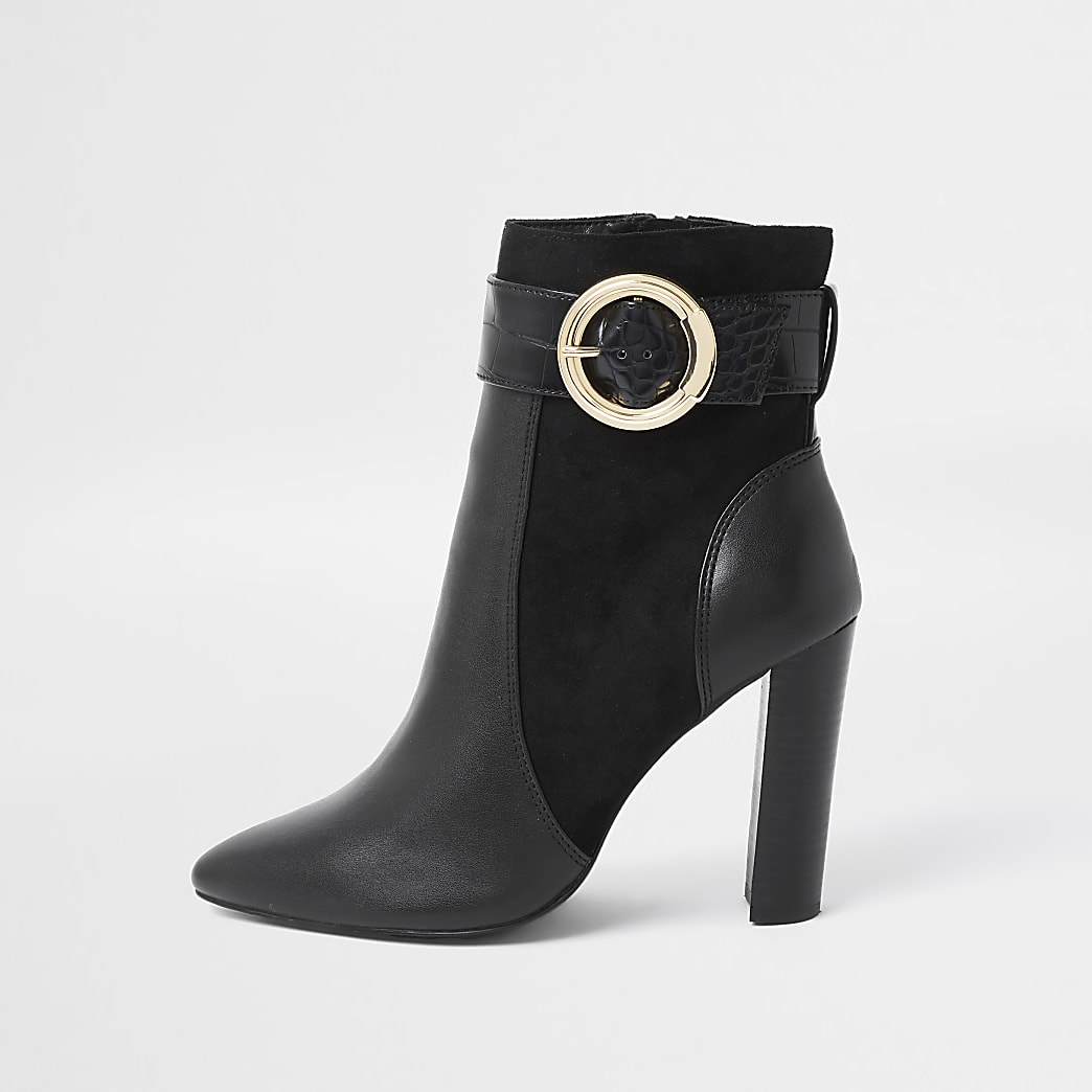 Black wide fit trim point toe ankle boot