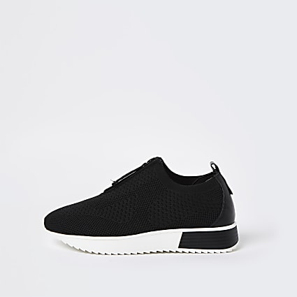 Black wide fit zip front knitted trainers