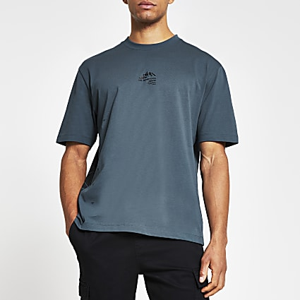 Blue boxy short sleeve mountain print t-shirt