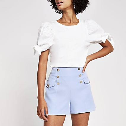 Blue button detail structured short
